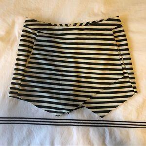 Striped skort